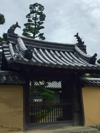 法隆寺と薬師寺と柿の葉寿司_a0258686_08133930.jpeg