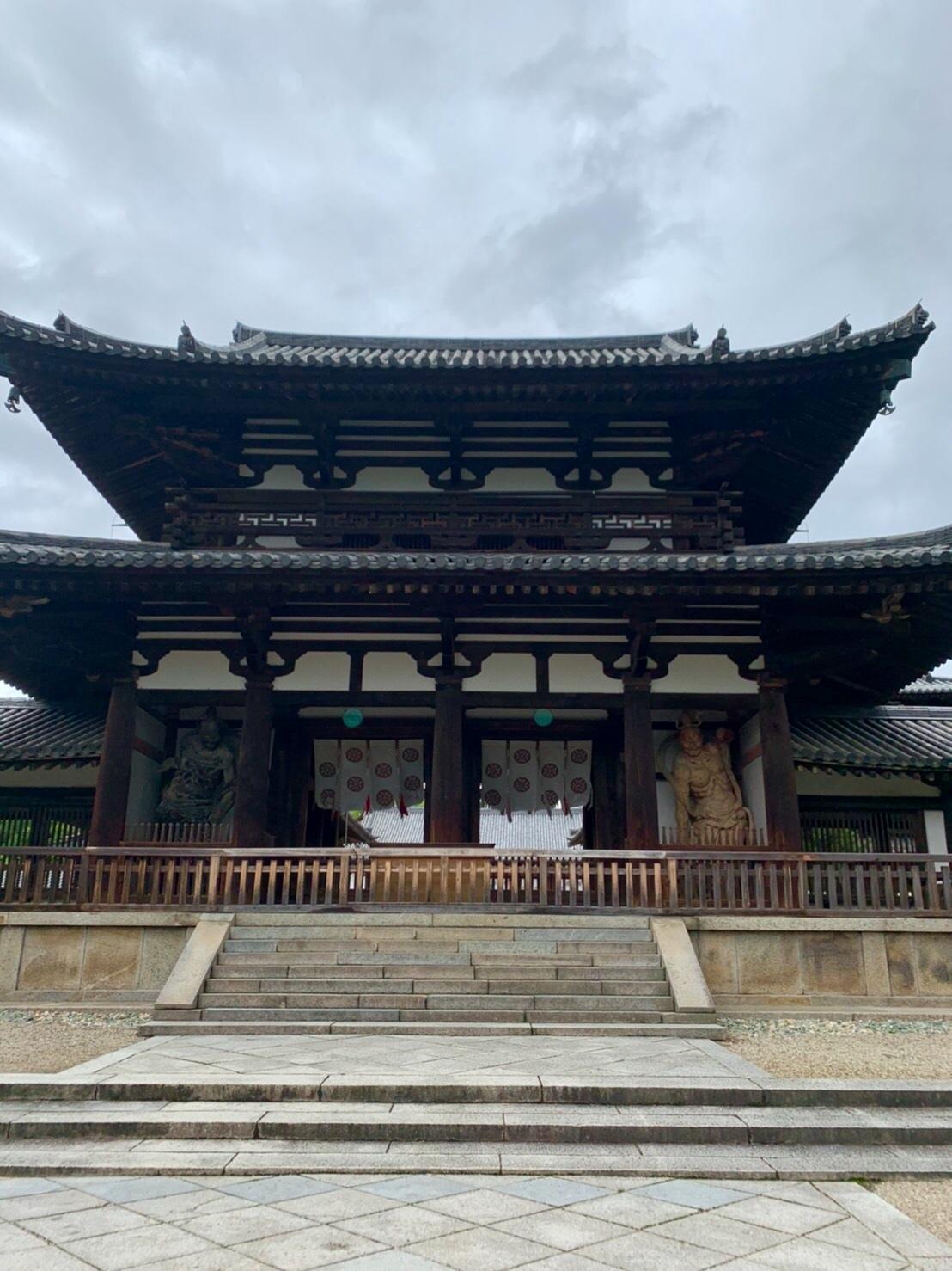 法隆寺と薬師寺と柿の葉寿司_a0258686_08212349.jpeg