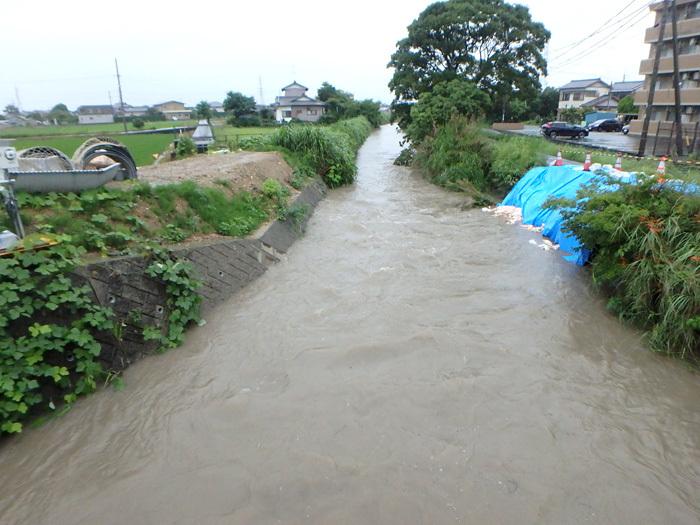 大雨_c0120834_16300107.jpg
