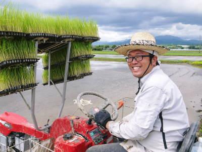 健康農園さんの田植え(2020)前編:野田さん田植えデビュー 無農薬栽培の美味しく安全な米粉も発売中!_a0254656_17490998.jpg