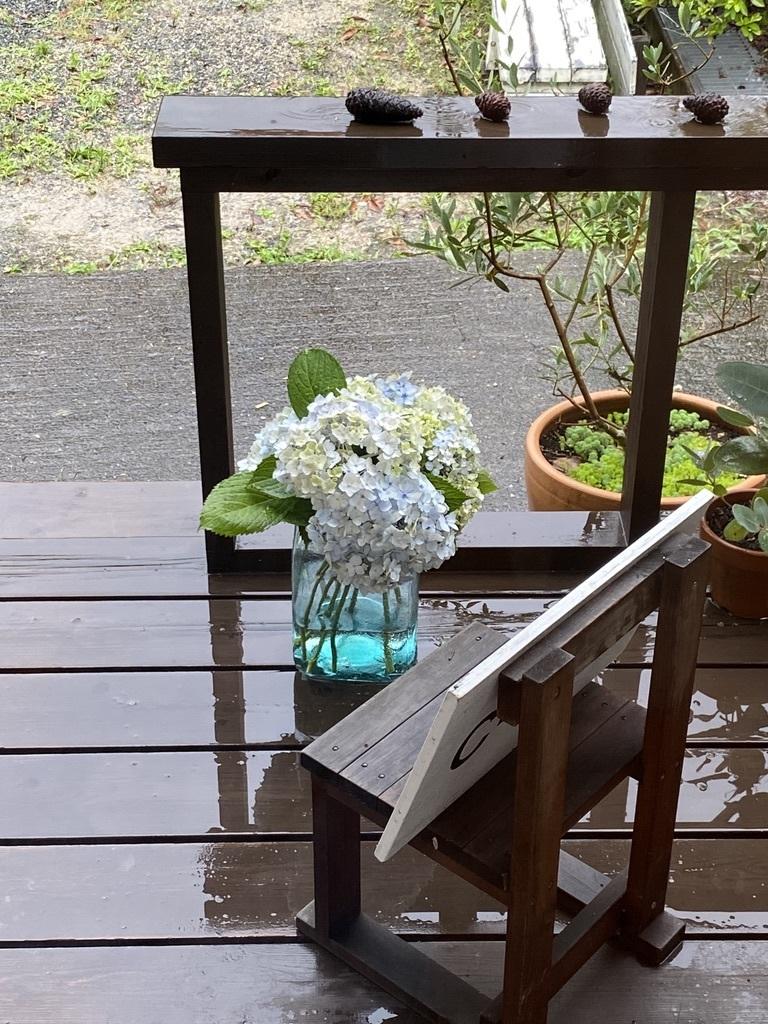 土砂降りの雨の月曜日 〜店内のようす〜_c0334574_17282796.jpeg
