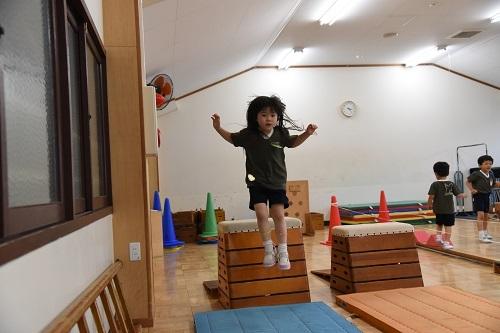 年中 体育教室_c0058507_17342503.jpg