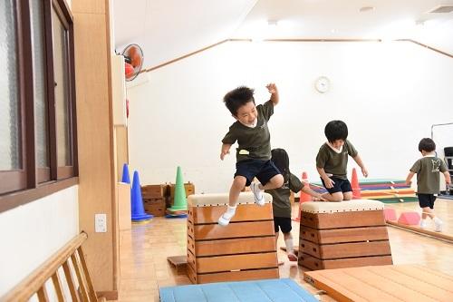 年中 体育教室_c0058507_17351361.jpg