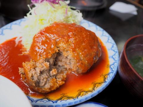 はんばーぐ定食:とんかつ・ステーキ亜希(青森市)_b0147224_053788.jpg