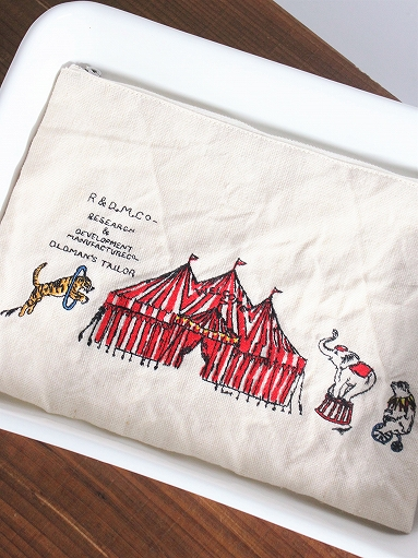 R&D.M.Co- CIRCUS EMBROIDERY POUCH_b0139281_9405366.jpg