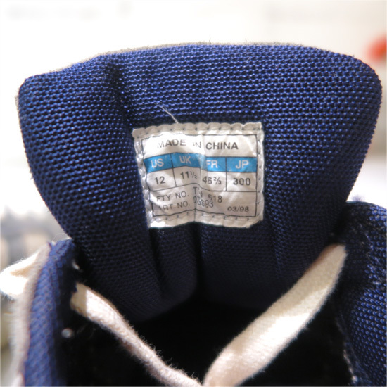 Classic Sneakers._d0187983_20435380.jpg