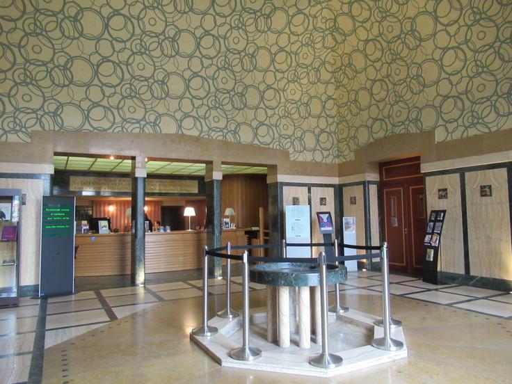 ランス観光*カーネギー図書館(Bibliothèque Carnegie)_c0212604_21511358.jpg