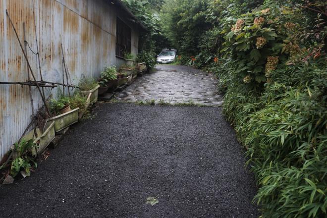 07.08 雨の日、坂道_a0390712_18354517.jpg