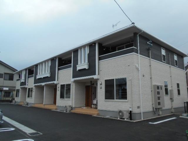 新築アパート_b0170834_10505925.jpg