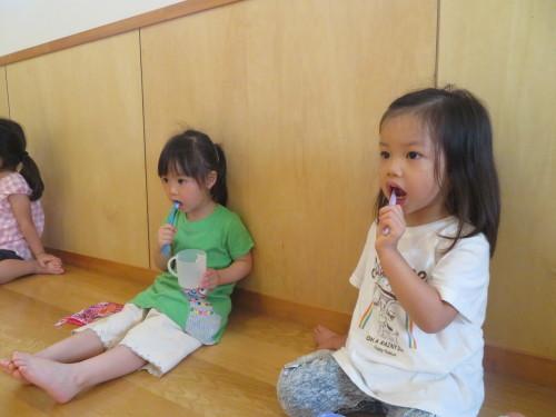 3歳児 歯磨き指導_f0327175_15042152.jpg