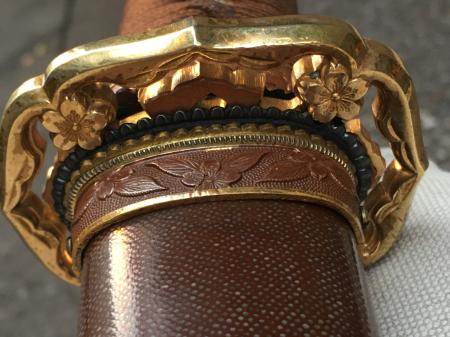 陸軍将校用新型制式軍刀外装・鞘は茶褐鮫鞘仕上の新型軍刀制定当初の物。_a0154482_19250889.jpg
