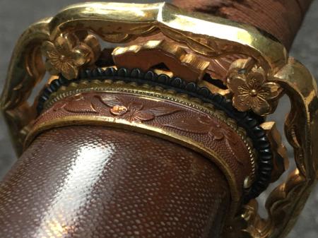 陸軍将校用新型制式軍刀外装・鞘は茶褐鮫鞘仕上の新型軍刀制定当初の物。_a0154482_19251153.jpg