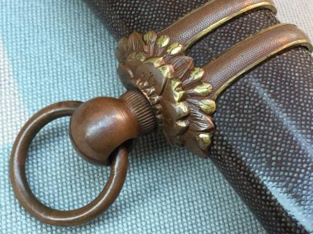 陸軍将校用新型制式軍刀外装・鞘は茶褐鮫鞘仕上の新型軍刀制定当初の物。_a0154482_19252284.jpg