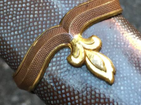 陸軍将校用新型制式軍刀外装・鞘は茶褐鮫鞘仕上の新型軍刀制定当初の物。_a0154482_19281161.jpg