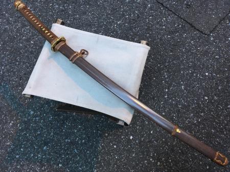 陸軍将校用新型制式軍刀外装・鞘は茶褐鮫鞘仕上の新型軍刀制定当初の物。_a0154482_19281700.jpg