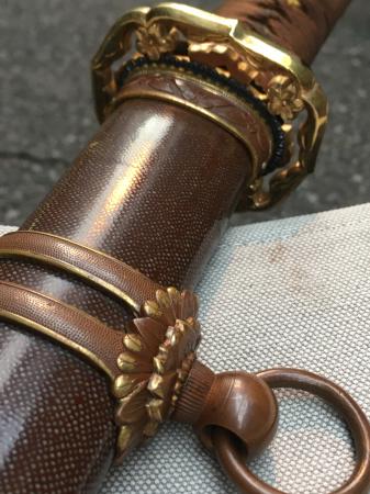 陸軍将校用新型制式軍刀外装・鞘は茶褐鮫鞘仕上の新型軍刀制定当初の物。_a0154482_19311719.jpg