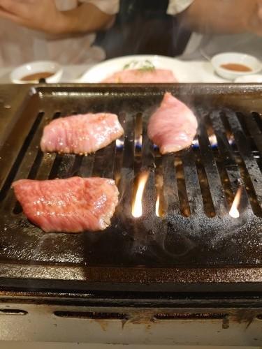 「いつもの御礼焼き肉」_a0075684_06193657.jpg