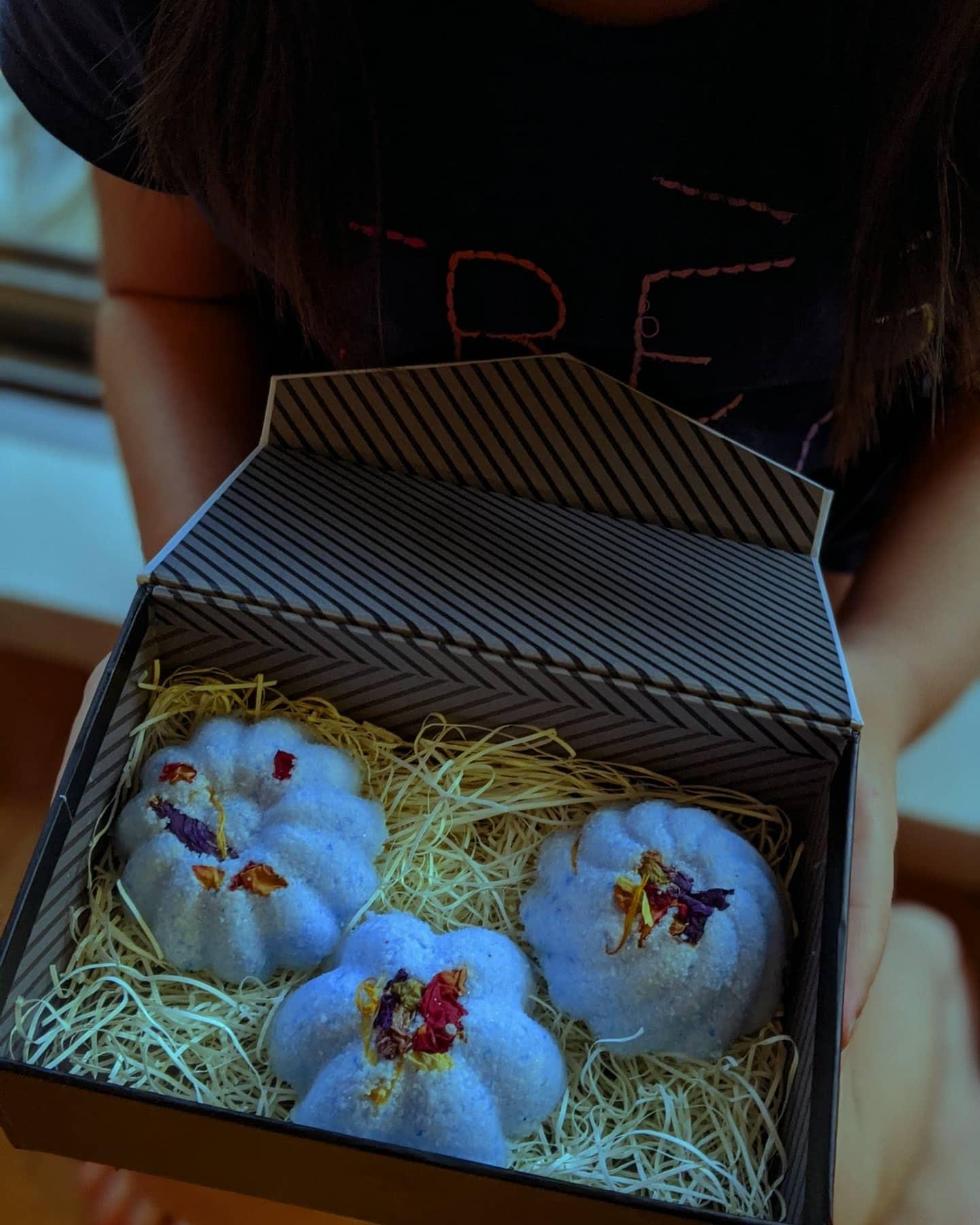 募集中【2020夏休み子どもWORKSHOP】ブレンド精油のしゅわしゅわバスボム作り_d0361299_16384957.jpg