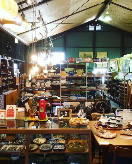 神戸の北欧ヴィンテージ家具と雑貨 「北の椅子と」へ_d0077603_10392948.jpg