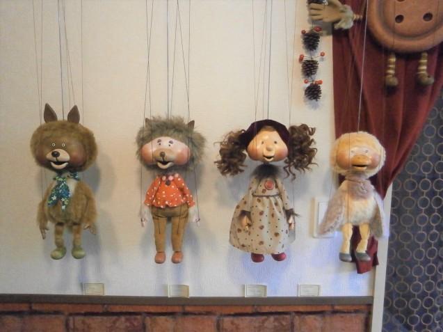 今日のマリオネットと人形店_d0152713_13374028.jpg
