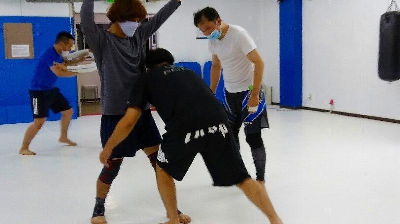 社会人からレスリング・ブラジリアン柔術・柔道をはじめる人のために。_d0084118_00181817.jpg