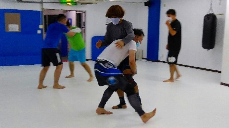 社会人からレスリング・ブラジリアン柔術・柔道をはじめる人のために。_d0084118_00183875.jpg
