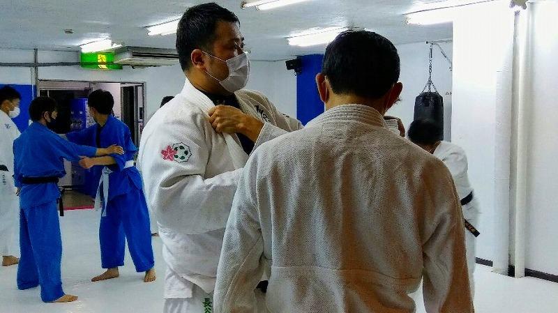 社会人からレスリング・ブラジリアン柔術・柔道をはじめる人のために。_d0084118_00384403.jpg