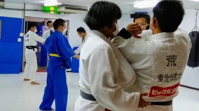 社会人からレスリング・ブラジリアン柔術・柔道をはじめる人のために。_d0084118_00390242.jpg