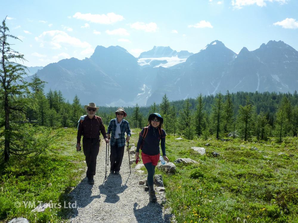 シーズンを通して楽しめる3つのベスト・ハイキングコース_d0112928_01461395.jpg