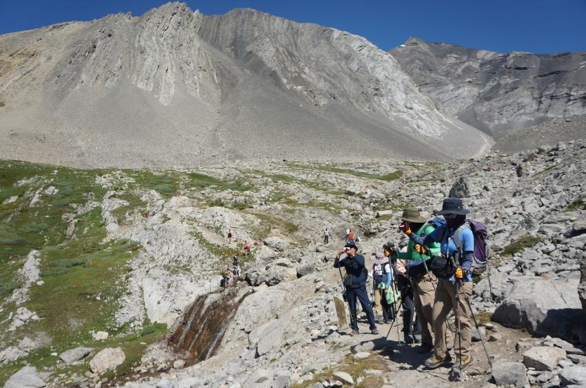 シーズンを通して楽しめる3つのベスト・ハイキングコース_d0112928_15201362.jpg