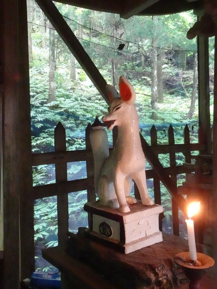 程洞稲荷神社例祭に奉仕_c0111229_18585042.jpg
