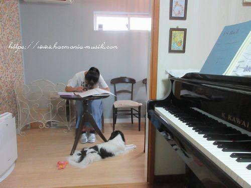 ピアノ教室☆プラスチック製品を止める_d0165645_09491142.jpg