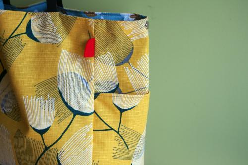 シンプルな「relax bag」はファブリックが主役_e0243765_23425890.jpg
