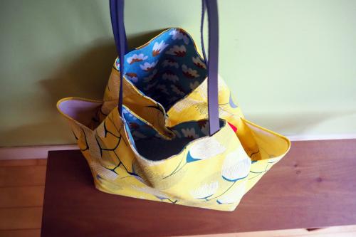 シンプルな「relax bag」はファブリックが主役_e0243765_23431018.jpg