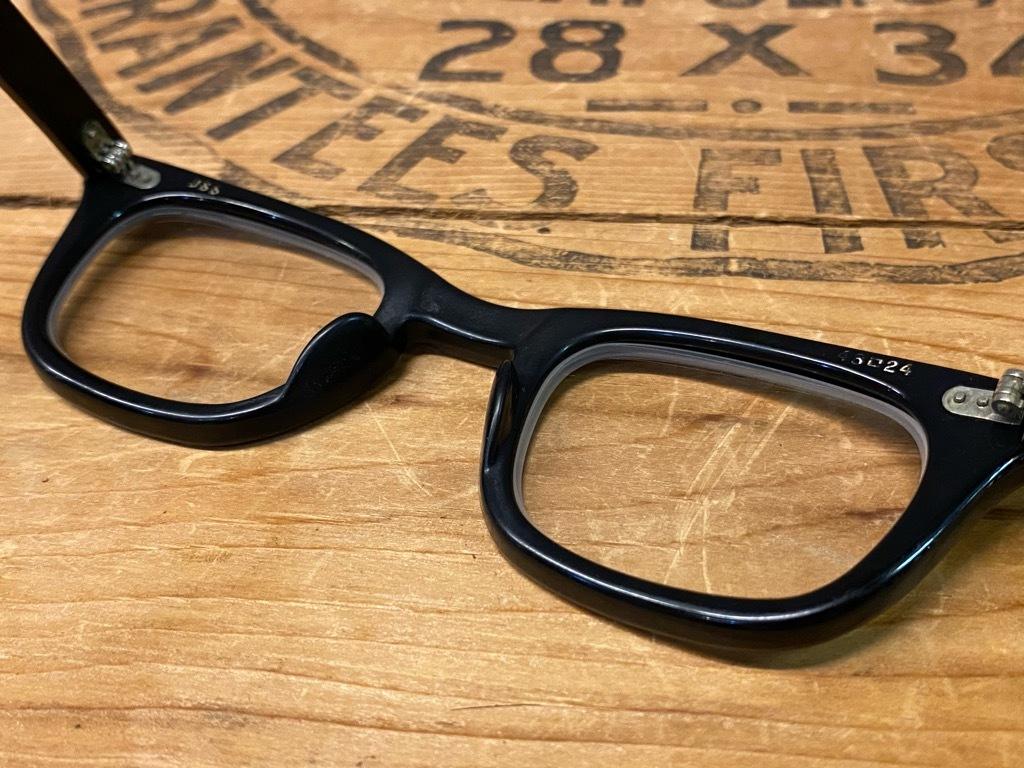 7月11日(土)マグネッツ大阪店アメリカン雑貨入荷日!! #4 U.S.Military編!!  USS EyeGlasses,U.S.C.G Album & SouvenirScarf!!_c0078587_17221734.jpg