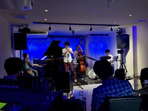 広島 Jazzlive Cominジャズライブカミン  本日7月10日金曜日の演目_b0115606_10370418.jpeg