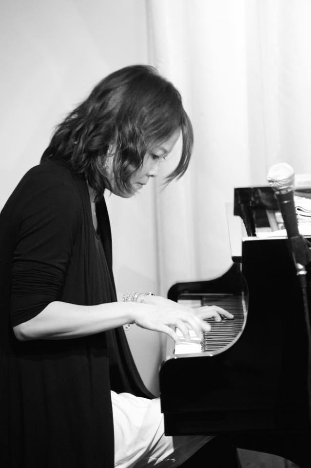 広島 Jazzlive Cominジャズライブカミン  本日7月10日金曜日の演目_b0115606_10382533.jpeg