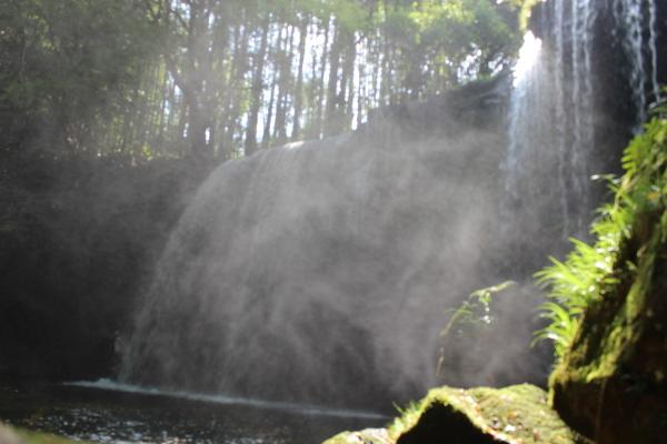 美しかった「鍋ケ滝」_a0174458_23222215.jpg