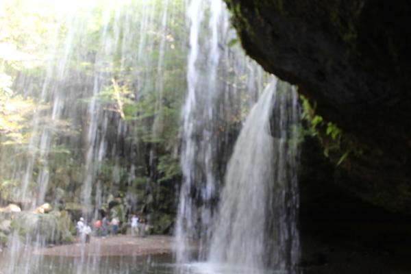 美しかった「鍋ケ滝」_a0174458_23253939.jpg