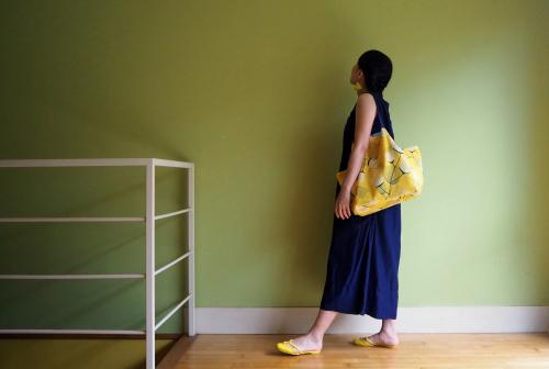 シンプルな「relax bag」はファブリックが主役_e0243765_00053711.jpg