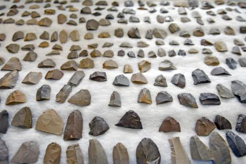ピリカ旧石器文化館 ネットでコラムを連載中_f0228071_10500753.jpg
