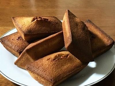 おやつのフィナンシェと今朝のパンとスープ_f0231189_20231050.jpg