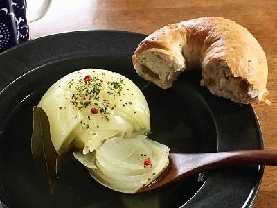 おやつのフィナンシェと今朝のパンとスープ_f0231189_20242564.jpg