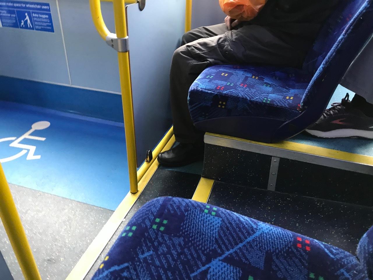 4ヶ月ぶりに乗ったバス、電車、地下鉄_e0114020_19205401.jpg