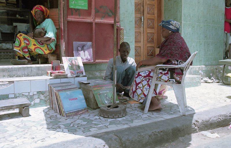 アフリカの記憶 080_d0010432_22345448.jpg