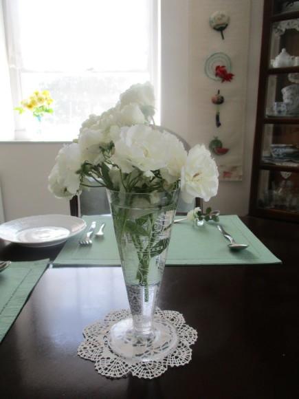 お花を飾って3人でランチ会_a0279743_22032165.jpg