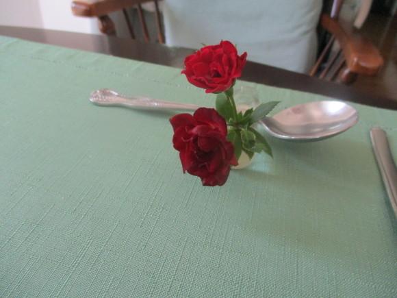 お花を飾って3人でランチ会_a0279743_22090950.jpg