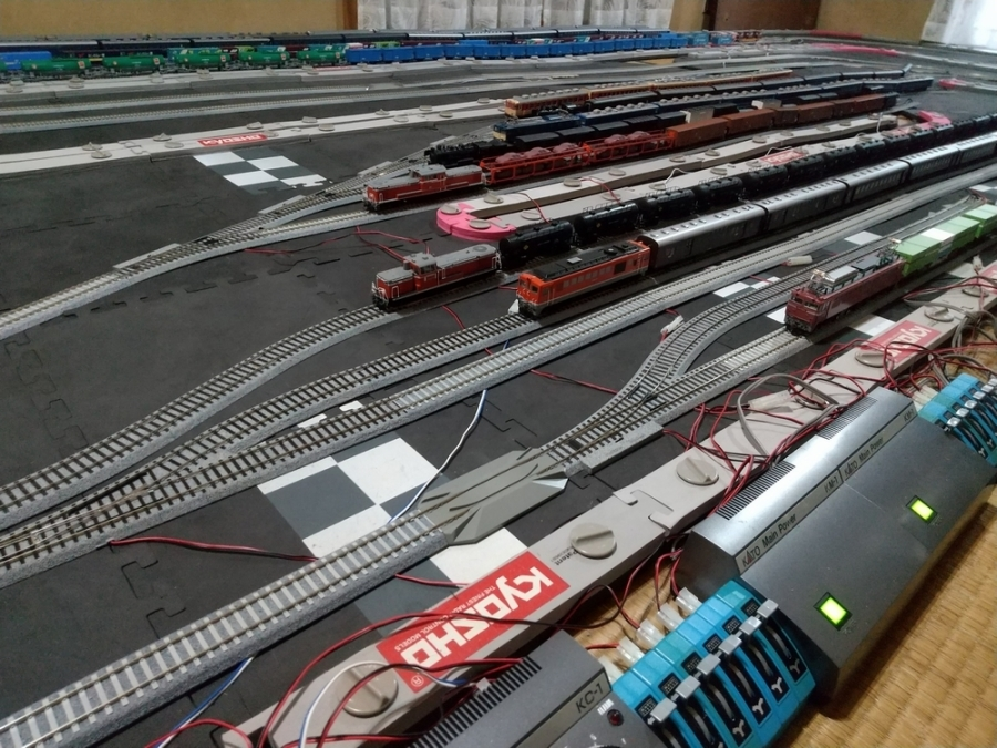 久しぶりに鉄道模型を買いに_f0100844_22362804.jpg