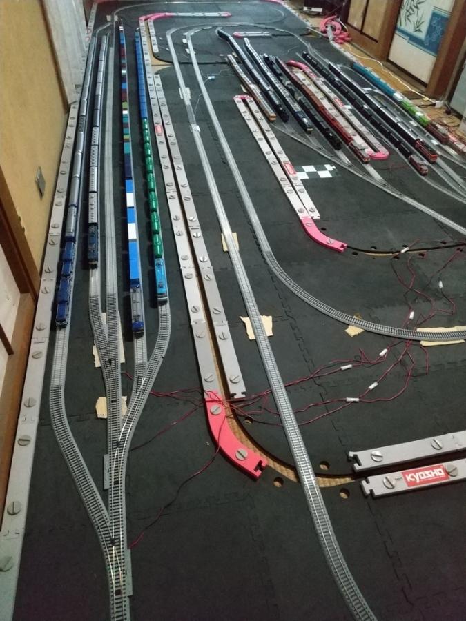 久しぶりに鉄道模型を買いに_f0100844_22363525.jpg
