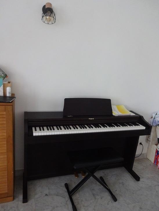 ピアノ、(ン十年ぶりに)始めました。_f0194446_17483137.jpg